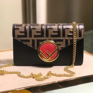FENDI F LOGO BELT BAG<br>펜디 로고 벨트백<br>[18x10x4cm]