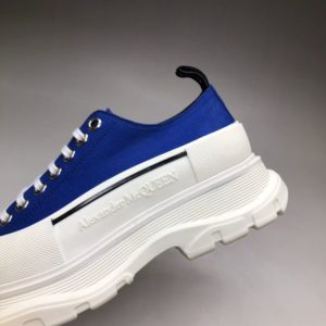 ALEXANDER MCQUEEN TREAD SLICK LACE UP SNEAKERS<br>알렉산더 맥퀸 트레드 슬릭 레이스업 스니커즈<br><i>남여공용 35-44 SIZE</i>