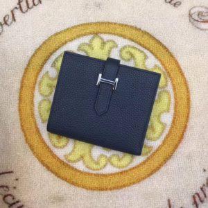 HERMES BEARN CLASSIC WALLET<br>에르메스 베안 클래식 지갑<br><i>12x10cm</i>