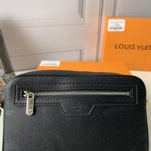 LOUIS VUITTON MONOGRAM POUCH BAG 루이비통 모노그램 파우치 백