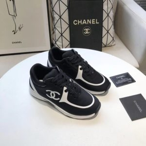 CHANEL CC LOGO SNEAKERS 샤넬 CC 로고 스니커즈