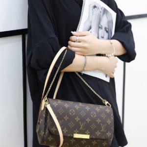 [Louis Vuitton] 페이보릿 MM 모노그램 캔버스 클린트백 핸드백 Authentic Favorite MM Monogram Canvas Cluth Bag Handbag M40718